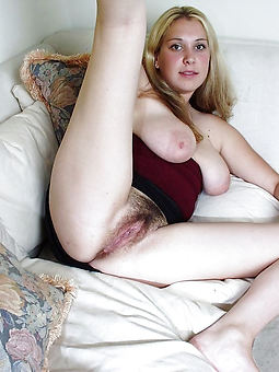 hairy sexy milf pic