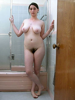 natural hairy milf picture