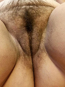 nice mature hairy pussy close up