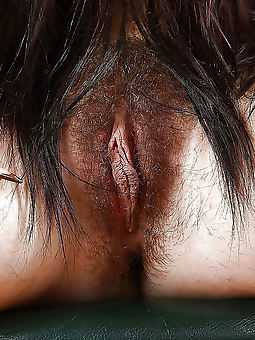 xxx mature hairy pussy close up