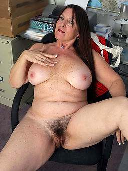 porn pictures of chubby hairy adult