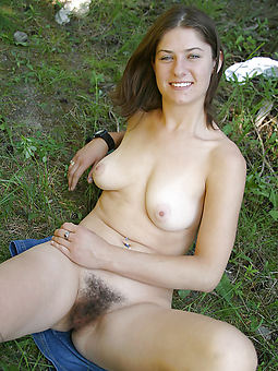hairy open-air pussy photo