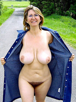perishable pussy outdoors nude gallery