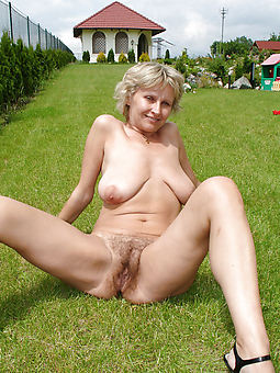 hairy pussy outdoors truth or dare pics