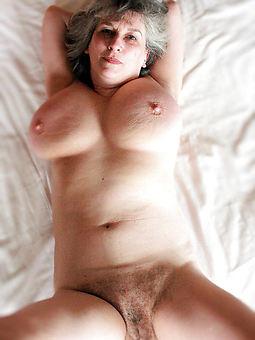 adult hairy moms free porn pics