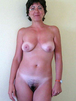 prudish mature solo stripping