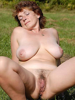 amateur Victorian pussy outdoors nudes tumblr