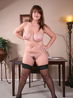 amature beautiful queasy ladies porn pics