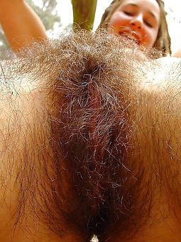 second-rate hairy monster pussy