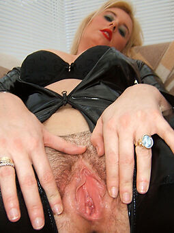 porn pictures of hairy blonde wife