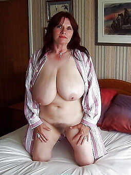 hairy pussy heavy tits amature porn