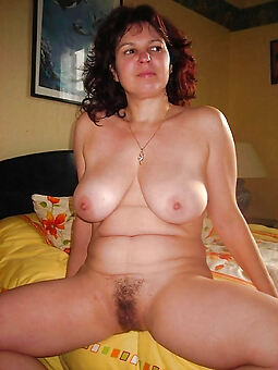 mature chubby tits flimsy pussy truth or dare pics