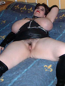 mature big tits muted pussy amateur undressed pics