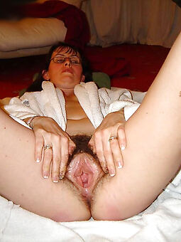 sex-mad european hairy pussy pic