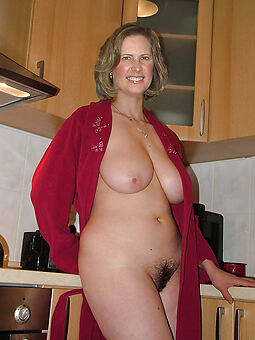 amateur european hairy pussy sexy nude pics