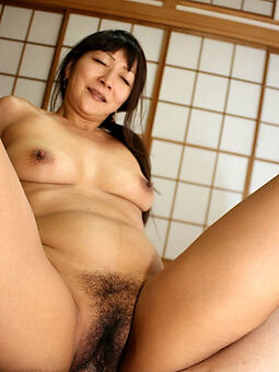 grounds hairy japanese creampie