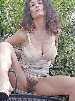 amature XXX hairy