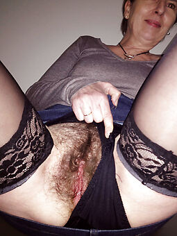 sexy queasy milf amature porn pics