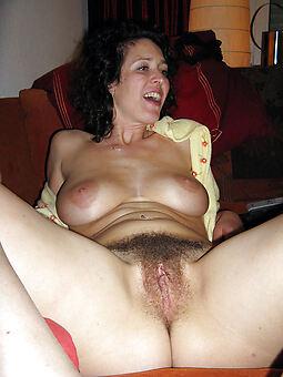 wild sexy hairy vagina
