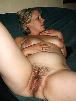 girlfriends soft pussy free denuded pics