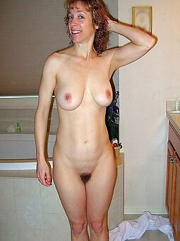 hairy girlfriend pussy truth or dare pics