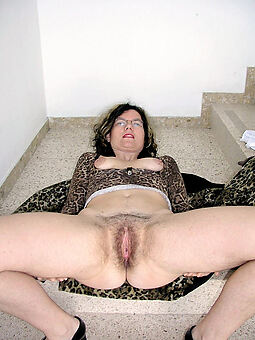 amature hairy housewife pussy unorthodox hot pics