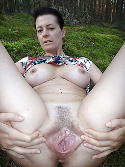 queasy pussy bush xxx pics