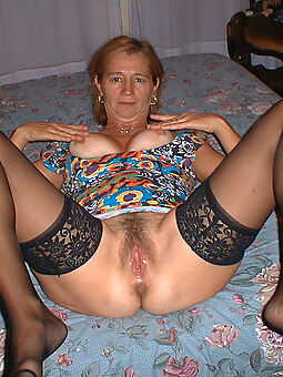 enticing sexy hairy get hitched pussy pics