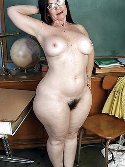 low-spirited brunette queasy pussy stripping
