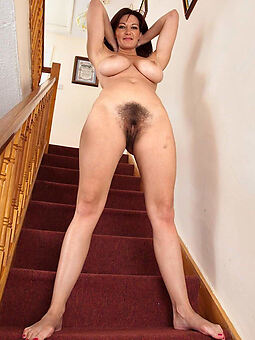 naked hairy housewife pussy stripping