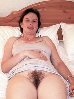 naked hairy girlfriend