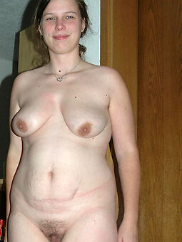 natural chubby hairy pussy stripping