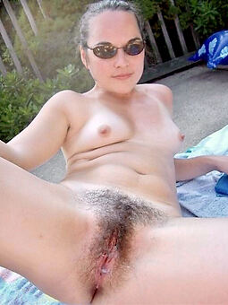 porn pictures of X-rated hairy alfresco pussy