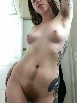 Women With Hairy Armpits