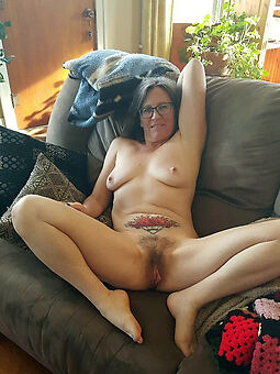 sexy hairy housewife amature porn