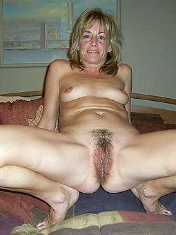 nude queasy women pics