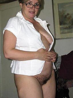chubby hairy women amature porn