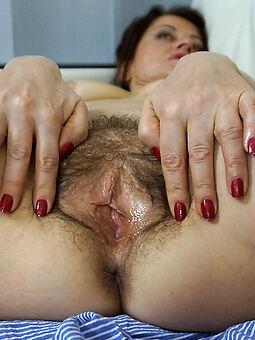 essential hairy women pics