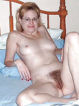 hairy mediocre solo nudes tumblr