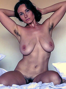 hairy pussy increased by armpits xxx pics