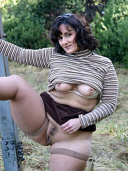 hairy pussy stockings amature dealings pics