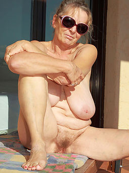 free soft granny pictures