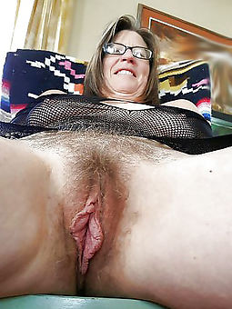 granny hairy pussies free nude pics