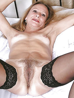 grannys hairy seduction