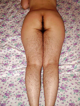 lady with hairy legs