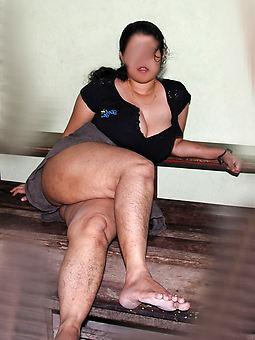 beautiful hairy legs pic