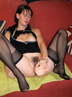 hairy girl masturbate twit