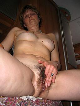 hairy masturbates and still sexy