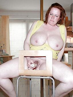 flimsy masturbating women porno pics