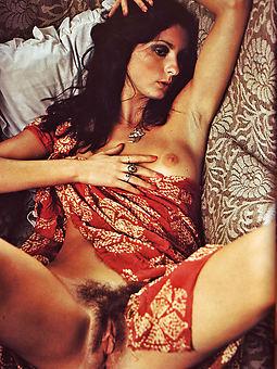 hairy vintage erotica